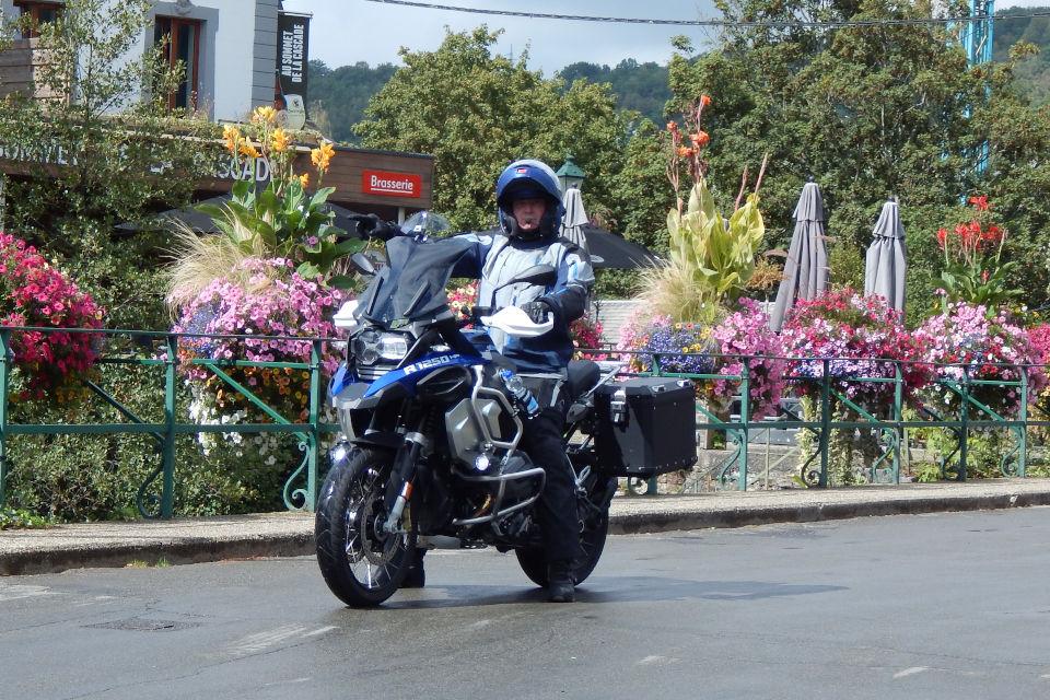 Motorrijbewijspoint Zeeland examengarantie AVB en AVD